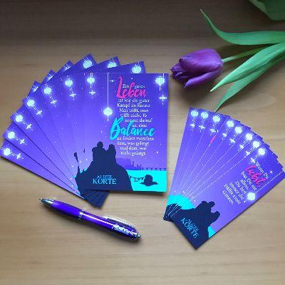 Postkarten, Lesezeichen und Alizée-Korte-Kugelschreiber